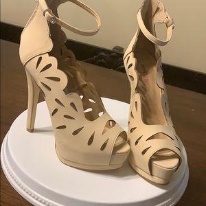 Shoes 7.5